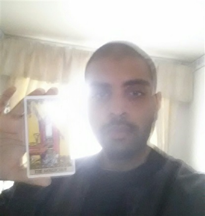 Reader Magus Love-Tarot