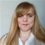 Reader Amanda Tarot