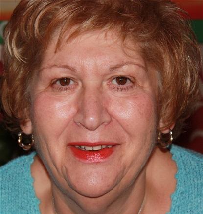 Reader Norma Medium
